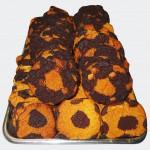 Μπισκότα βανίλια - σοκολάτα σε σχήμα μπάλας ποδοσφαίρου