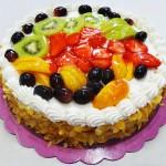 Τούρτα αμυγδάλου με φρούτα