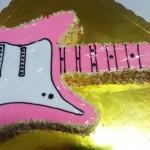 Τούρτα ηλεκτρική κιθάρα ροζ