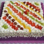 Τούρτα με διάφορα φρούτα